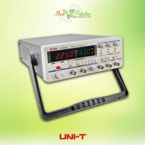 UTG9002C Function Generator
